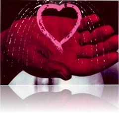 Heart in Hand_1